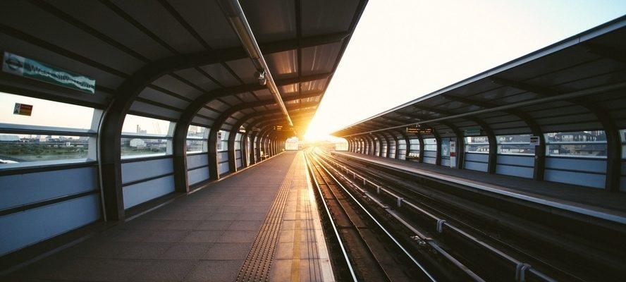 rails-public-transportation-station-train-station-large
