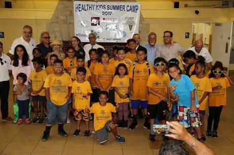 Award presentation Summer Camp Kids
